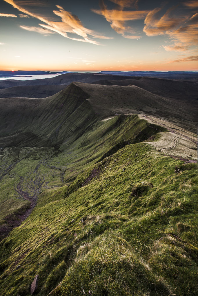 Brecon Beacons Video – Pen Y Fan Sunrise And A Cloud Inversion
